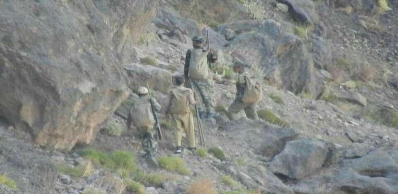 دستگیری پنج نفر متخلف شکار و صید در منطقه شکار ممنوع کرکس نطنز