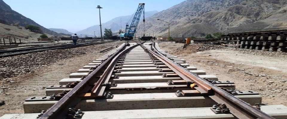 کاهش طول مسیر شهرهای جنوب غربی کشور با افتتاح راه آهن یزد - اقلید