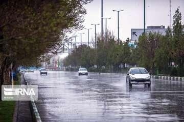 احتمال بارش باران شبانه در تهران