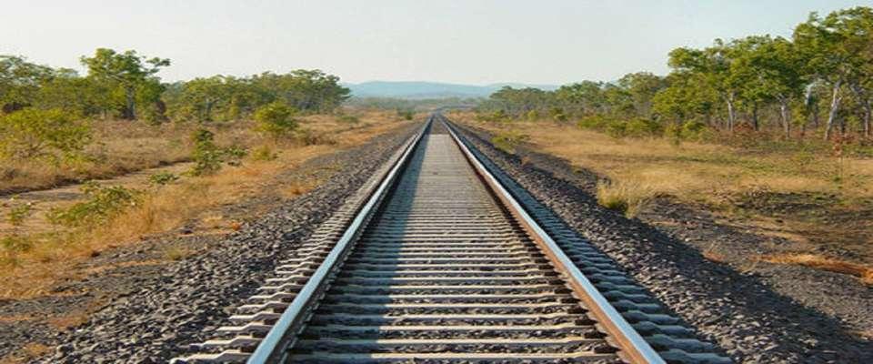 استفاده از ریل ملی در پروژه راه آهن یزد- اقلید