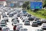 ترددهای جاده ای کم شد/ ترافیک سنگین در محدوده پل فردیس