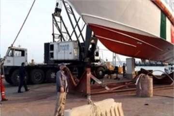 تعمیر دومین شناور جستجو و نجات توسط متخصصان داخلی در هرمزگان / الحاق شناور ناجی ۱۱ به ناوگان دریایی