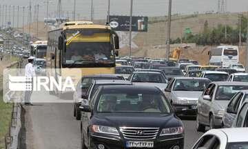 ترافیک در مسیرهای ورودی تهران نیمه سنگین تا سنگین است