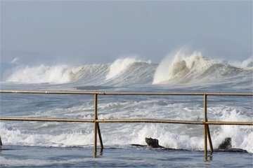 وقوع قریبالوقوع توفانی کمنظیر در سواحل مکران/ ارتفاع موجها تا ۷ متر خواهد رسید