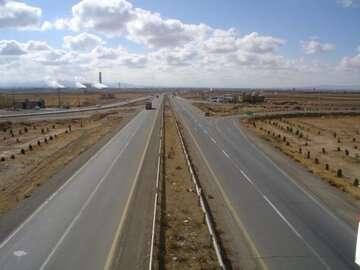 وزیر راه: اعتبارات مناسبی برای توسعه راههای فارس در نظر گرفته شده است