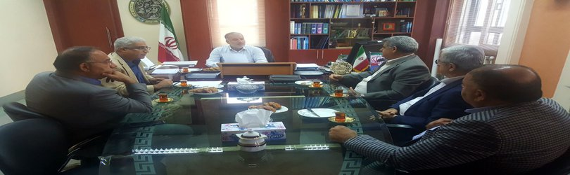 نشست مدیر کل راه وشهرسازی گیلان با اعضای هیئت مدیره انجمن شرکت های راهسازی استان