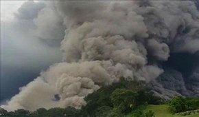 فوران چندباره آتشفشانی در اندونزی