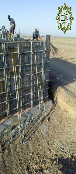 بتن ریزی مخزن ۲۰۰ متر مکعبی جداسازی اب فضای سبز از آب شرب