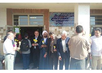 اهداء گل و جایگذاری گلدان در طرح ستاد مهر انجام شد