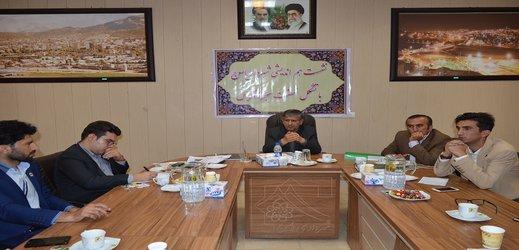 نشست هم اندیشی شهرداریاسوج با تشکل نهضت سبز زاگرس/ مقدم عضو افتخاری نهضت سبز زاگرس شد /تصاویر