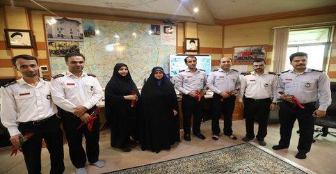 بازدید سخنگوی شورای شهر از ایستگاه شماره ۵ و ستاد فرماندهی آتش نشانی رشت
