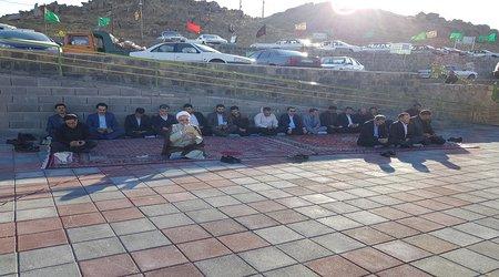 برگزاری مراسم معنوی زیارت عاشورا در جوار مزار مطهر شهدای گمنام