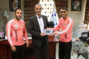 حضور ورزشکاران تور شمس تا مولوی در دفتر سرپرست شهرداری جلفا