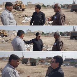 بازدید شهردار خرمشهر از عملیات گسترده نخاله برداری و پاکسازی زمین های خالی سطح شهر