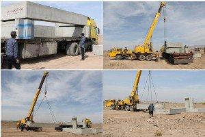 تخلیه دومین مجموعه از باکسهای بتنی پل زیر گذر پارسیان توسط شهرداری زرند