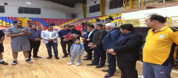 بازدید اعضای شورای شهر از تمرینات تیم بسکتبال شهرداری گرگان