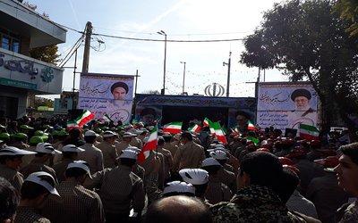 راه پیمایی یوم الله ۱۳ آبان و مشارکت شهرداری میانه