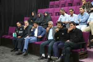احمد قائم پناه در نشست با مدیران آژانسهای درون شهری :فعالیت رانندگان آژانس بدون دفترچه ممنوع است .