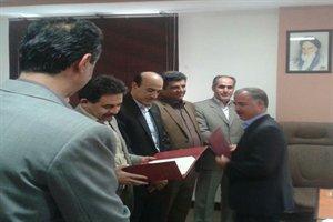 اهداء اعتبارنامه اعضای هشتمین دوره هیئت مدیره نظام مهندسی ساختمان کردستان