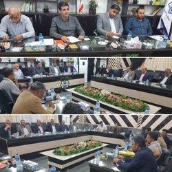 جلسه مشترک شهردار خرمشهر با آپارتمان سازان و انبوه سازه ها