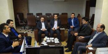 نشست مشترک بانک قرض الحسنه رسالت با رئیس، خزانه دار و مدیر مالی سازمان برگزار شد.