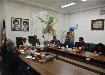 امام جمعه بروجن در جمع اعضای شورا   به بررسی و تبادل نظر مسائل و مشکلات شهر پرداختند
