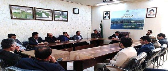 جلسه شهردار با مدیران شهرداری شهر لردگان برگزار شد.