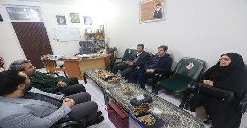 دیدار رییس شورا با فرمانده سپاه ناحیه مرکزی رشت به مناسبت هفته بسیج
