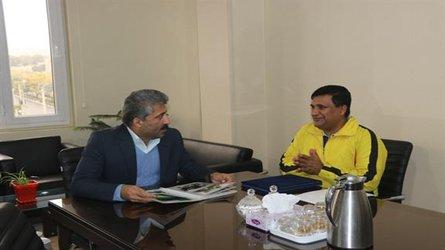 دیدار مدیر کل حفاظت محیط زیست استان البرز با رکاب زن زائر کربلا
