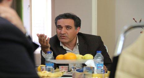 کارشناسان دفنر امور شهری استانداری کرمان به ارزیابی عملکرد شهرداری پرداختند .