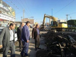 بازدید مدیر کل مدیریت بحران استان از آبگرفتگی خیابان انقلاب اهواز