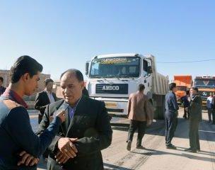 فرماندار زرند در حاشیه بازدید از عملیات آسفالت معبر خاکی خیابان امیرکبیر شهر زرند این اقدام را یک کار ارزشمند و جهادی دانست.