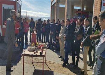 رئیس اداره آتش نشانی و خدمات ایمنی شهرداری بروجن از برگزاری دوره آموزشی تخصصی آتشنشانان شهرداریهای استان خبر داد