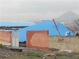 ۶ بنای غیرمجاز مسکونی و تجاری در سنندج تخریب شد